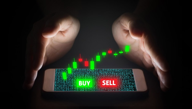 hand-man-using-smartphone-trading-with-virtual-screen_9635-2988